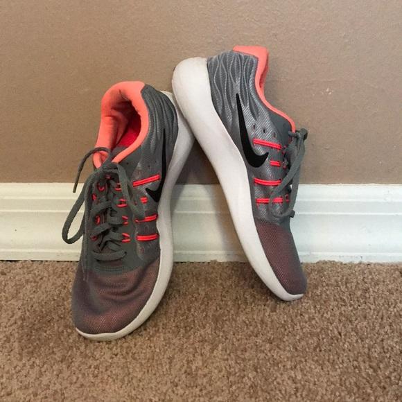 newest 0ffe4 2e337 Nike Lunarstelos Gray / Neon. M_5ab2cc8ba44dbe7d777fec6c